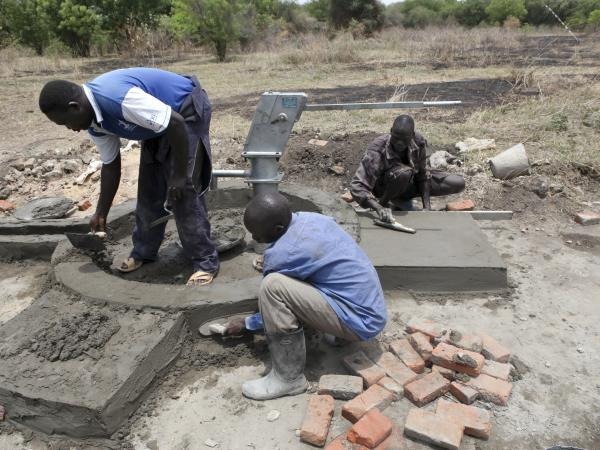 donate a water well, gift to train a water pump mechanic, tools to dig a well, charity gifts